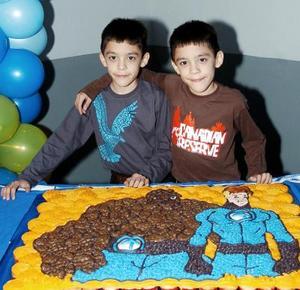 Carlos Antonio Mijares López celebraron sus respectivos cumpleaños.