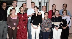 <b>13 de noviembre 2005</b><p> Susana Gallardo y José Lorenzo del Bosque Alba, en una despedida de solteros que les ofrecieron.