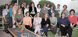 Club de Jardinería Casandra, en su junta mencual celebrada hace unos días..