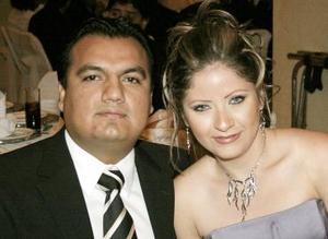 Adrián Villega y Yolanda Félix.