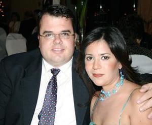 Luis Jáuregui y Carolina Ramírez
