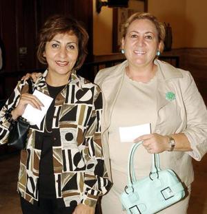 Conchita Flores y Rita González.