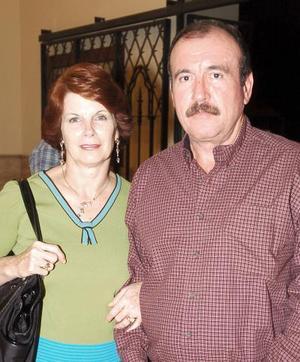 Eugenio Román e Isabel Román.