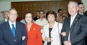 Leopoldo García, Georgina de García, Elba de González y Carlos González