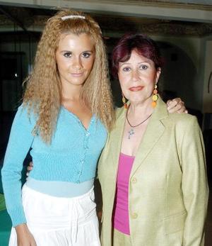 <b>13 de noviembre 2005</b><p> Zaira Ortiz de Garza e Imelda Ortiz Abdalá.