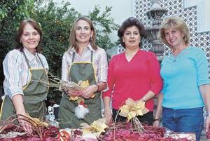 <b>14 de noviembre 2005</b><p> Tere Villar, Carmen Hermosillo, Ale Nahle y Paty Murra.