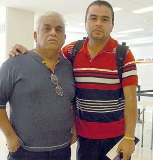Antonio Domínguez viajó a Mérida y fue despedido por Gustavo Domíngu.