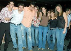 <b>16 de noviembre 2005</b><p> Iñaki Belausteguigoitia, Ricardo Juan Marcos, Gerardo Zablah, Paulette Wiley, Maleni Luna, Melissa Arrambide, Ana Sofi Tumoine.