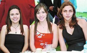 Cristina Araujo, Lorena Iturbide y Maru Issa.