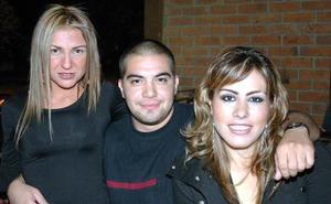 Jessica Ramírez, Rorro Gómez y Martha Valdez.
