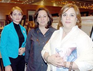 Tita de Márquez, Elba de Robles y Olga de Romero.