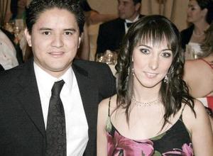 Román Eguía y Rina Elizalde Tinoco.