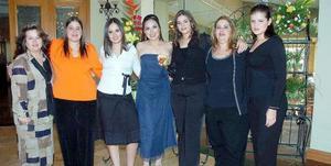 Agradables momentos compartió Priscilla Morenoa Anaya con sus invitadas, en la despedida de soltera con sus invitadas, en la despedida de soltera que le ofrecieron su mamá, Pilar Moreno y su suegra, Irma Núñez de Murra.