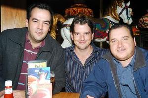 César Martínez, Javis Villarreal y Quique Ude.