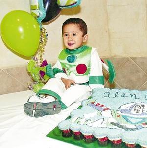 Alan Armando Puente Alonzo celebró su segundo cumpleaños, con una divertida fiesta.
