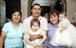 Con un ameno convivio, José Antonio Martínez Carrillo fue festejado por sus familiares con motivo de su cumpleaños.