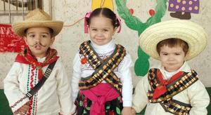 Gilberto Gómez Calleja, Mariana Carrasco Guerrero y Andrés Carrasco Guerrero.