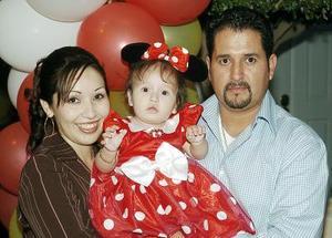 Norma Leticia Serrano de Fernández y Mario Fernández Nava le organizaron una fiesta a su hija Jocelyn.
