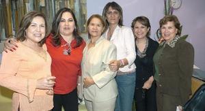 Margarita de Villarreal, Rocío de Albores, Leticia Palacios, Lourdes, Queta, y Graciela de Alba.