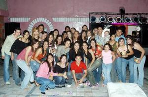 Margarita Martínez Moreno celebró su cumpleaños con una divertida fiesta, a la que asistieron muchos amigos y familiares.