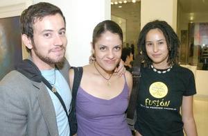Alan Calderón, Karla Lam y Alehlí Calderón