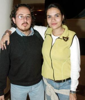 Miriam Canales y José Ntonio Monterrosas.