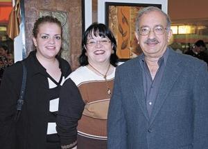 Alejandro Gidi, Marilú de Gidi y Marilú Gidi de Chávez.