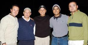Fernando Orrín, Roberto González, raúl Albarrán, Fernando Mery, Alan Regalado.