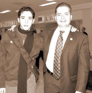Marco Sandoval y Marco Sandoval Junior, viajaron a México, DF.