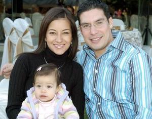 Salim Fahur, Martha Ávalos y María Sofía Fahur Ávalos.