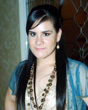 <b>23  noviembre 2005</b><p> Lulú Hernández Iduñate festejó recientemente su cumpleaños.
