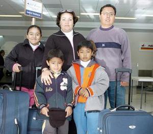 La familia Mena Frausto viajó a Tijuana.