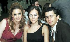 <b>24  noviembre 2005</b><p> Cristina Villarreal de Fernández, Melissa Pons de Corrales y Víctor Corrales.
