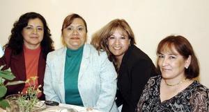 Coco Hernández, Martha López, Lupita Ferrer y Carmelita González.