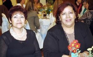 <b>24  de noviembre 2005</b><p> Patricia Díaz Rivera y Verónica Martínez.