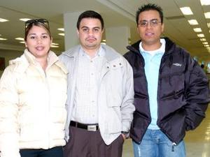 Guiseppe Vota, Rosa Regino y Sebastián Recio viajaron a Acapulco.