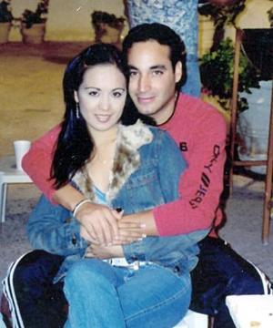 <b>25 de noviembre 2005</b><p>  Argelia Vázquez celebró recientemente su cumpleaños con una fiesta que le organizó su novio Roberto Castro.