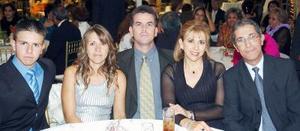 Luis Javier Martínez, Dora de Martínez, Javier Martínez Scmidt, Olga Pérez de Luna y Samir Luna Nahle.