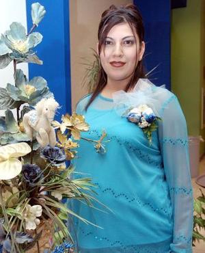 <b>26 de noviembre 2005</b><p>  Gina Arroyo Alvarado captada en la fiesta de canastilla que le organizaron Mayra Arroyo y Liz Arroyo, por el futuro nacimineto de su bebé.