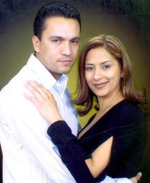 Ramiro Aguilera y Cecy Martínez Fematt.