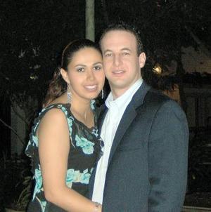 <b>26 de noviembre 2005</b><p>  Vanessa Vargas Siller y Michael Emilio D´Orazio.