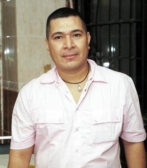 José Antonio Martínez Carrillo celebró recientemente su cumpleaños con una amena reunión, donde recibió múltiples felicitaciones.