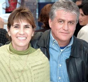 Leonor Albores de Alarcón y Carlos Alarcón.