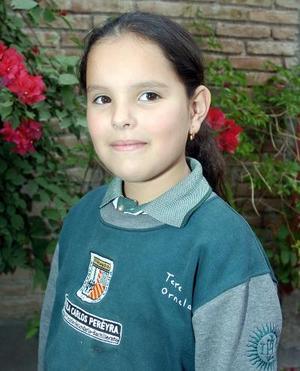 Por su octavo cumpleaños María Teresa Ornelas Silva fue festejada con una merienda por sus padres.