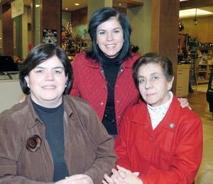 Carolina de García, Carolina de Menéndez y Cecy de Vera