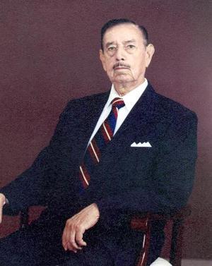 Dr. Mario Gutiérrez Cárdenas festejó el 23 de noviembre 50 años de práctica profesional
