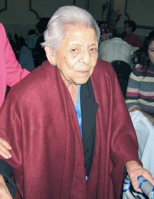 Un siglo de vida festejó el 19 de noviembre Doña Raquel Pizarro