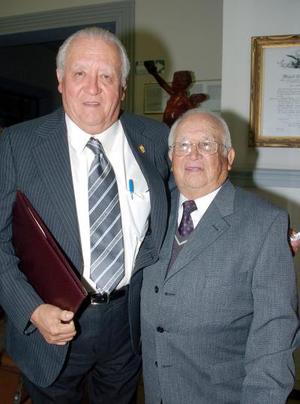 Arturo Berrueto y Luis Maeda..