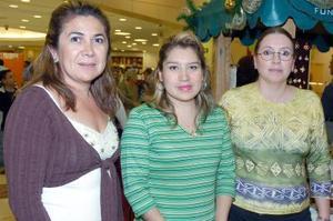 Estela de Tohme, Norma de Lara y Blanca de González.