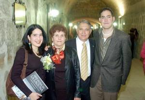 Idoia, Asunción, Ikery y Manuel Leal..
